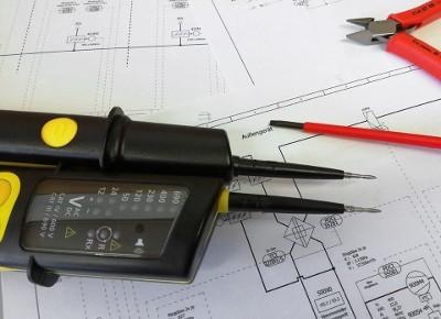 Stef Élec réalise la recherche de pannes électriques à Breuillet