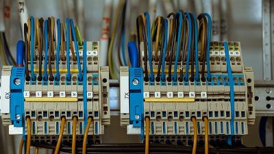 Dépannage rapide panne électrique Breuillet